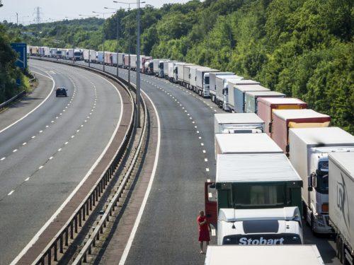 lorry-queue-landscape